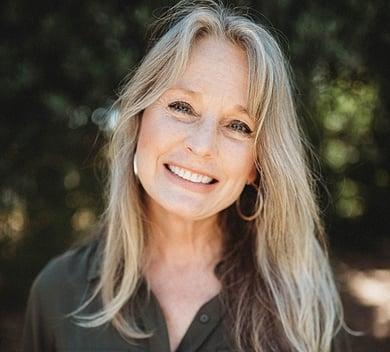 Anita Hackman headshot