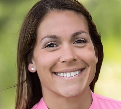 Shannon Martin headshot